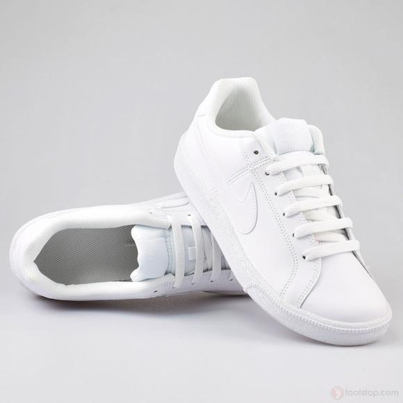 Nike Court Royale Women's Sneaker